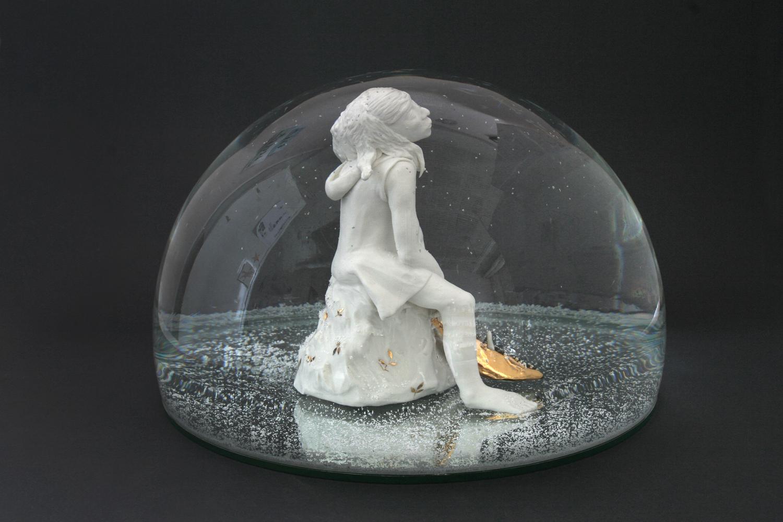 Frau mit Fisch 2010 H: 18 cm sold
